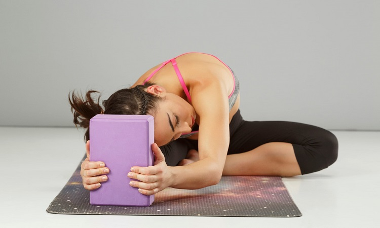 What Are The Uses Of Rectangular Yoga Bolsters?