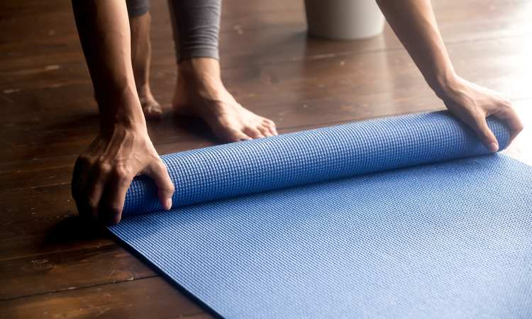 What To Look For In Getting The Best Hot Yoga Mat