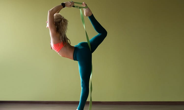 How To Tie A Yoga Strap To Improve Posture